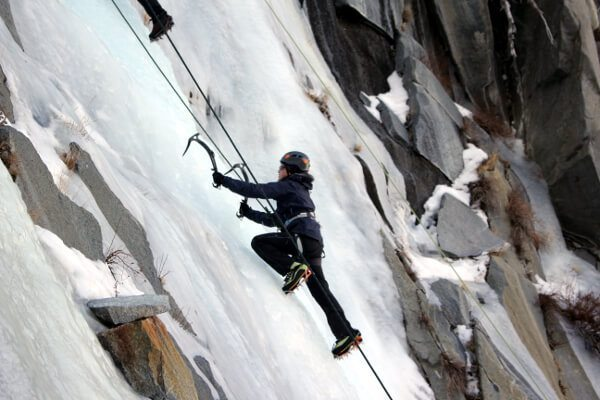 Basic Technical Ice Climbing SWS Mountain Guides review