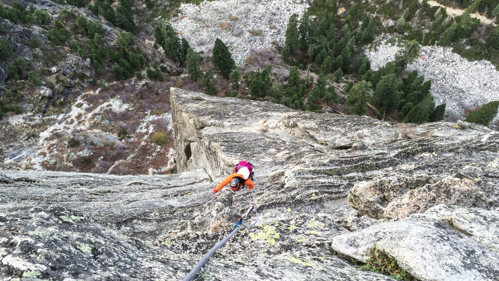 Climbing Corrugation Corner