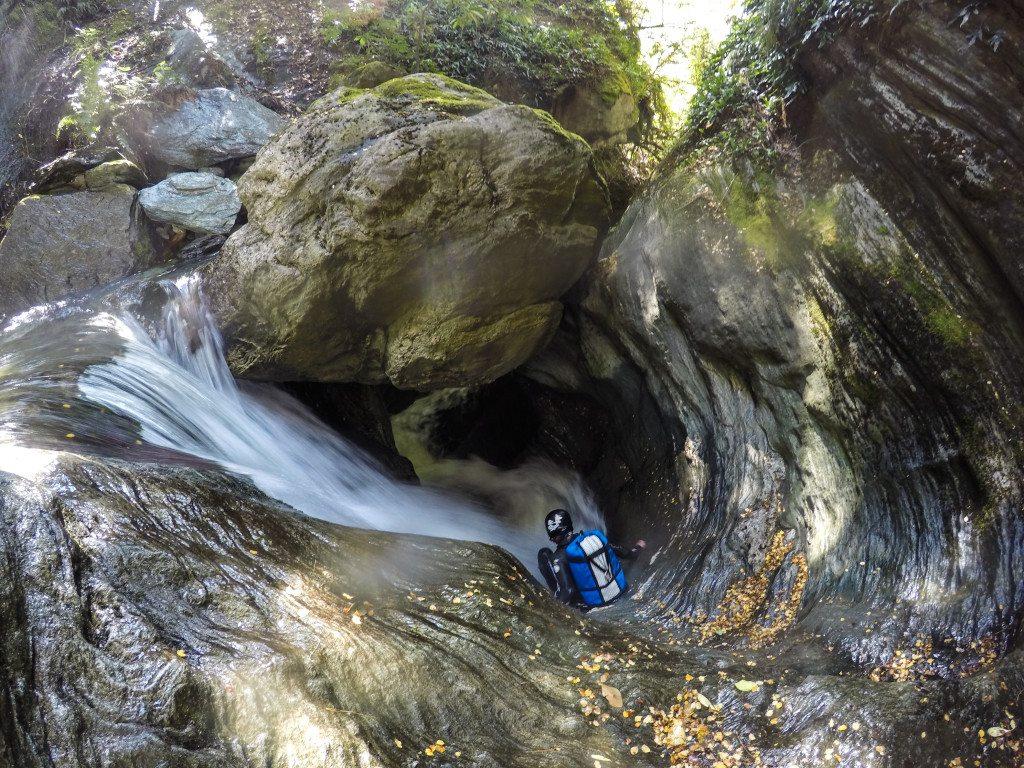 Canyoning Niger Stream Deep Canyon Wanaka