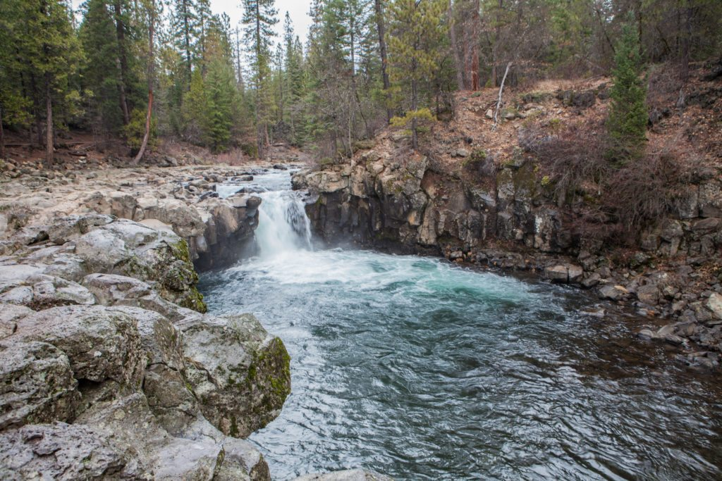 Hiking McCloud Falls Mount Shasta